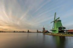 Zanes-Schans netherlands Holandês, moinho fotografia de stock