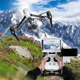 Zangão com voo da câmera 4K Fotografia de Stock