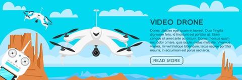 Zangões modernos do ar para o cartão e o controlo a distância Vídeo e foto Ciência e tecnologias Robô de rádio com a câmera no ilustração do vetor