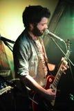 Zanger en Gitarist stock foto's