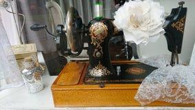 Zanger naaimachine sinds 1851 stock afbeelding