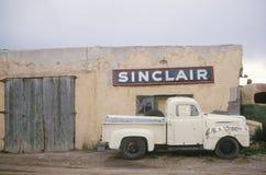 Zaniechana benzynowa stacja zdjęcie stock