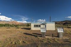 Zaniechana benzynowa stacja blisko miasteczka Cisco Utah Zdjęcie Stock