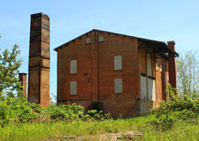 Zaniechana ceglana fabryka. Caledon, Ontario, Kanada Zdjęcie Royalty Free