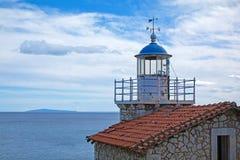 Zaniechana kamienna latarnia morska, Grecja Obraz Stock