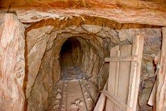Zaniechana kopalnia złota w Mojave pustyni obrazy royalty free