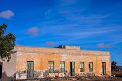 Zaniechana pustynia domu powierzchowność Zdjęcia Royalty Free
