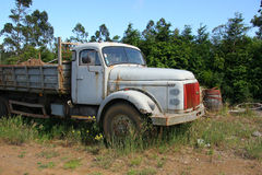 zaniechana stara ciężarówka obrazy royalty free