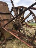 Zaniechane metal budowy solankowa kopalnia Ośniedziały metal, załamujący się poparcia zdjęcie stock