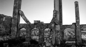 zaniechanego fabrycznego przemysłu wiejski spanish obrazy royalty free