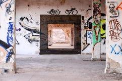 Zaniechani budynki Militarna baza fotografia stock