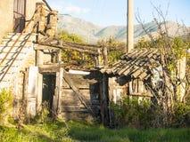 Zaniechany dom na wsi Obraz Royalty Free