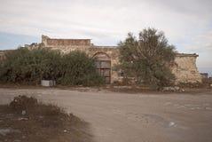 Zaniechany dom w wsi Obrazy Stock