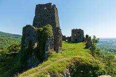 Zaniechany forteca w górach Obraz Stock