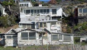 Zaniechany historyczny dom w Crysal zatoczki stanu parku Obraz Royalty Free