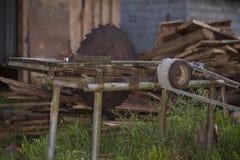 Zaniechany, kurendy saw dla drewna, obraz stock