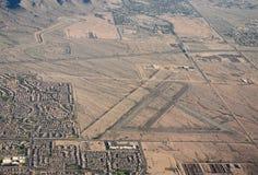 Zaniechany lotnisko w pustyni Zdjęcia Royalty Free