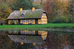 Zaniechany stary cembrujący dom w Charlottenlund obraz royalty free