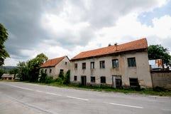 Zaniechany Stary dom Zdjęcia Stock