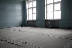 Zaniechany szkolny klasowy pokój Fotografia Stock