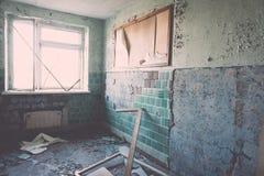 Zaniechany wnętrze w ruinach militarna ugoda - rocznika eff Fotografia Stock