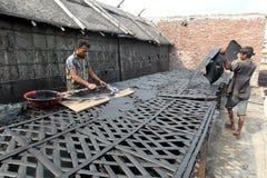 Zanieczyszczenia przy Hazaribagh garbarnią Bangladesz Zdjęcia Royalty Free