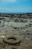 Zanieczyszczenie Środowiska na plaży w Tajlandia Obraz Royalty Free