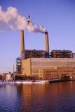 Zanieczyszczenie od smokestacks Zdjęcia Royalty Free
