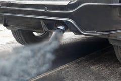 Zanieczyszczenie powietrza od pojazd wydmuchowej drymby Fotografia Stock