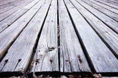 Zaniedbany drewniany pokład zdjęcia stock