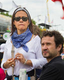 Zaniepokojeni widzowie przy sceną tour de france fotografia royalty free