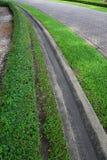 Zanjas de drenaje en el parque. Foto de archivo libre de regalías
