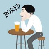 Zanudzający mężczyzna pije piwo Zdjęcie Royalty Free