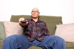 zanudzający mężczyzna tv dopatrywanie Obraz Stock