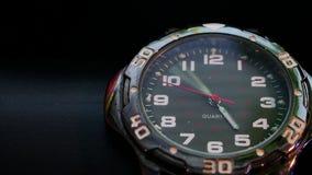 Zapętlający makro- zakończenie w górę materiału filmowego rocznika nadgarstku analogowy zegarek zbiory