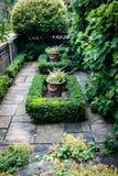 Zapadnięty ornamentacyjny ogród zdjęcie stock