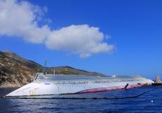 Zapadnięty statek wycieczkowy Zdjęcia Royalty Free