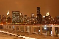 zapal Manhattan midtown nocy linię horyzontu nowego jorku zdjęcie stock