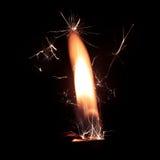 Zapalniczka ogień z iskrami na czarnym tle Zdjęcie Royalty Free