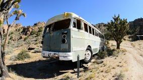 Zapamiętanie autobus w Mojave pustyni zbiory wideo