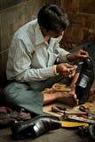 Zapatero de la entrada a la India, Bombay, la India Fotografía de archivo libre de regalías