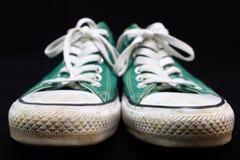 Zapatilla de deporte verde Imágenes de archivo libres de regalías