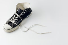 Zapatillas de deporte negras de la vendimia del color Imagen de archivo libre de regalías