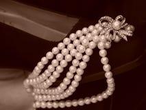 Zapato cargado con las perlas Imagen de archivo libre de regalías