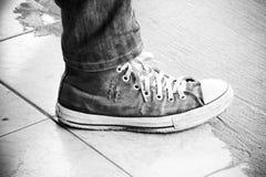 zapato con mezclilla imagen de archivo