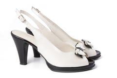 Zapato de las mujeres blancos y negros Imágenes de archivo libres de regalías
