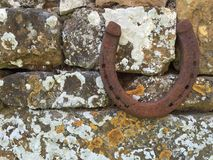 Zapato del caballo en la pared de Cotswold Fotografía de archivo libre de regalías