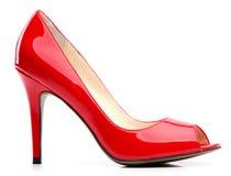 Zapato femenino rojo con la punta abierta Imagenes de archivo