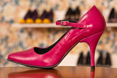 Zapato rojo Imágenes de archivo libres de regalías