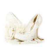 zapato y granos nupciales de la boda Imagen de archivo libre de regalías